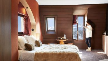 """<span class=""""entry-title-primary"""">Hotel des Dromonts</span> <span class=""""entry-subtitle"""">Avoriaz, France</span>"""